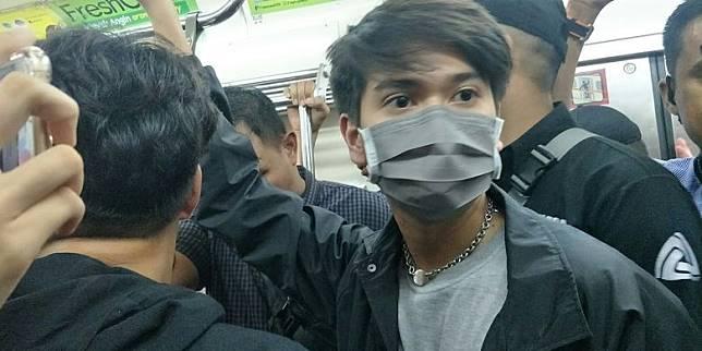 Iqbaal Klarifikasi soal Tak Lanjut KRL ke Bogor untuk Temui Penggemar