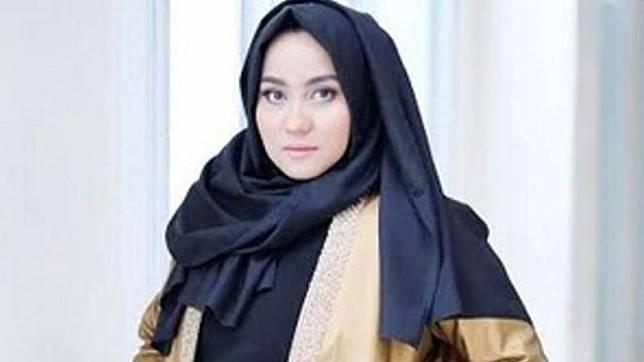 Anniesa Hasibuan.