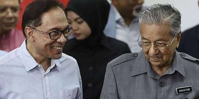 Singkirkan Anwar Ibrahim, Mahathir Akan Umumkan Koalisi Pemerintahan Baru?