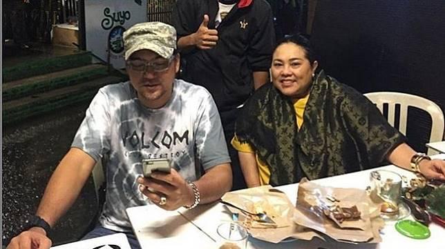 Nunung Srimulat dan suami, Iyan Sambiran [Instagram]