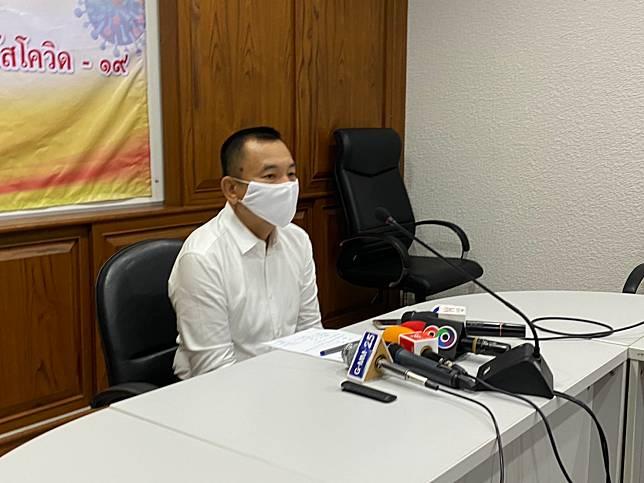 สตูล  0 แตกกลางดึก ผู้ว่าฯ เร่งแถลงข่าวสรุป พบมี เชื้อ 15คน จาก 26 คน ที่เดินทางมาจากอินโดนีเซีย