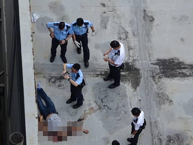 警員現場調查。