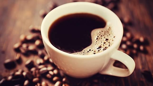 哈佛女醫師揭密:「咖啡」恐讓你又餓又憂鬱!你該遠離的3種飲食