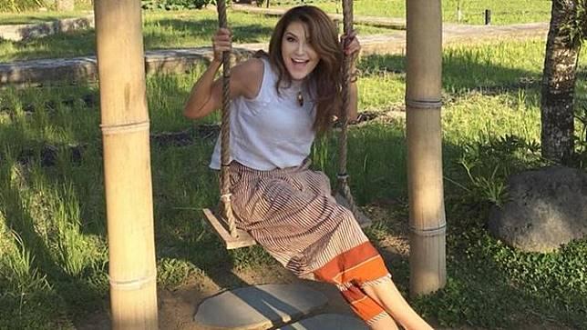 7 Pesona Tamara Bleszynski, Tetap Energik dan Awet Muda Diusia 44 Tahun