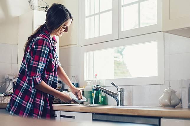 Cuma Butuh Waktu 5 Menit Untuk Bereskan Rumah? Lakukan Hal Ini!