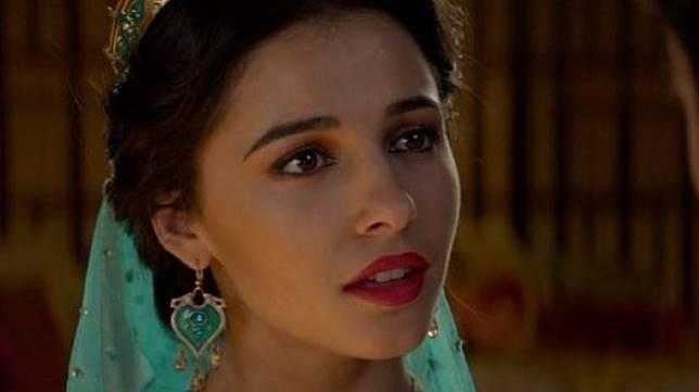 Naomi Scott saat memerankan Putri Jasmine dalam film Aladdin. (Instagram/@disneyaladdin)