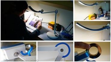 【開箱】聰明護眼推薦BenQ WiT螢幕閱讀檯燈,有智慧調光能靈活調整的LED護眼檯燈