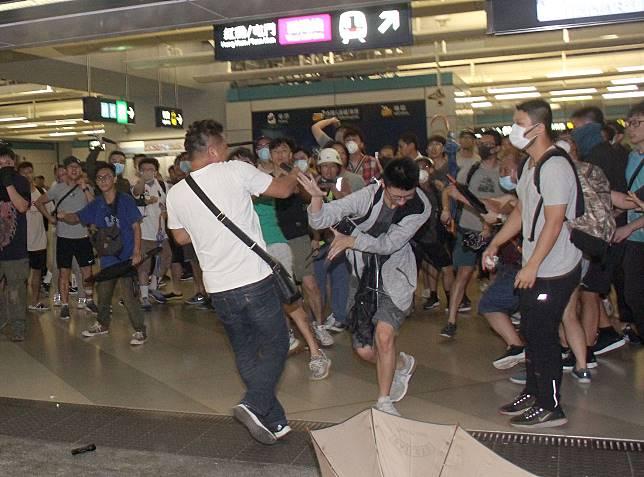 元朗西鐵站在7月21日發生襲擊事件。