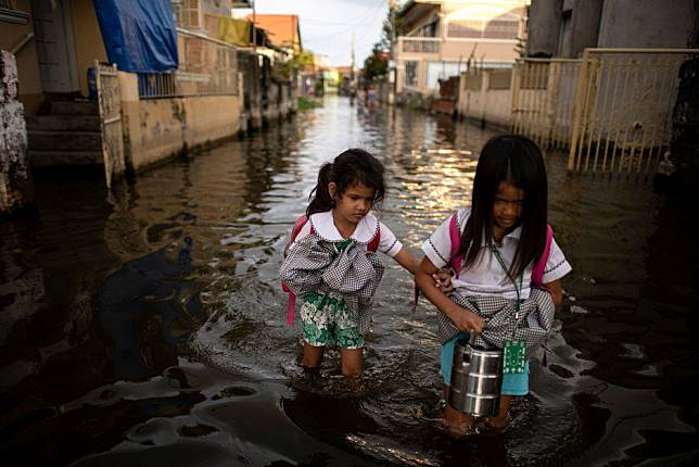Climate disaster help urgently needed for Asia-Pacific's poor and vulnerable communities