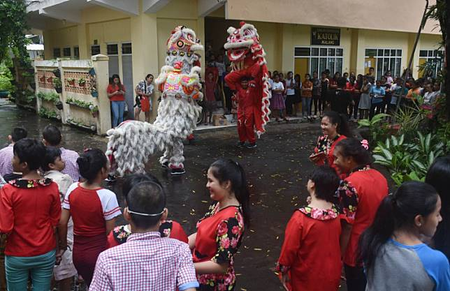 Barongsai dance was held at Bhakti Luhur Catholic Orphanage in Malang, East Java, on Feb. 3, 2019, to celebrate the incoming Chinese New Year.