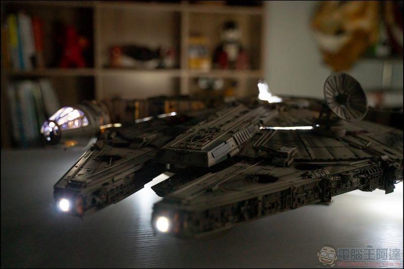 千年鷹號 Millennium Falcon 1:1 模型開箱 - 18