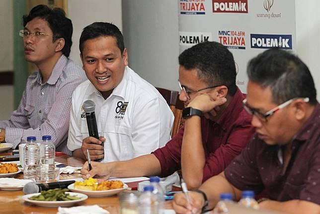 Juru bicara Badan Pemenangan Nasional Prabowo-Sandiaga Pipin Sopian (kedua dari kiri). MI/Pius Erlangga.