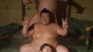 肥肥相撲手赤裸溫泉浴 網民:超治癒啊!!!!