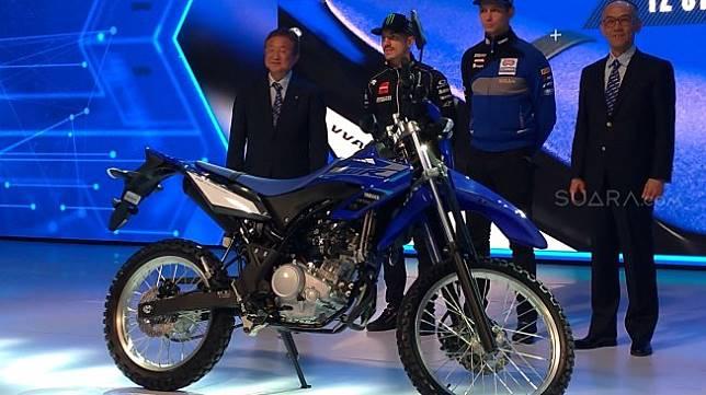 PT Yamaha Indonesia Motor Manufacturing (YIMM) juga meluncurkan Yamaha WR155R di Jakarta, Senin (2/12/2019). [Suara.com/Manuel Jeghesta]