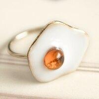 〔APM飾品〕日本Luccica 營養滋味半熟荷包蛋戒指