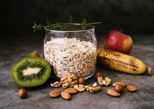 健檢發現體脂高,有脂肪肝怎麼辦?營養師教你三原則,減脂沒這麼困難!