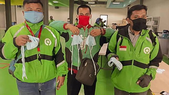 PasarPolis Bagi-Bagi 10.000 Masker ke Driver Gojek. Dok: PasarPolis