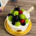 シャインマスカットと巨峰の デコレーションケーキ - 実際訪問したユーザーが直接撮影して投稿した西新宿ケーキアンテノール 新宿京王店の写真のメニュー情報