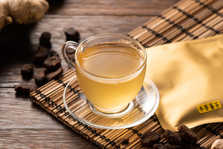 薑茶禮盒組(老薑紅茶10包+牛蒡薑茶10包)~陳美阿嬤