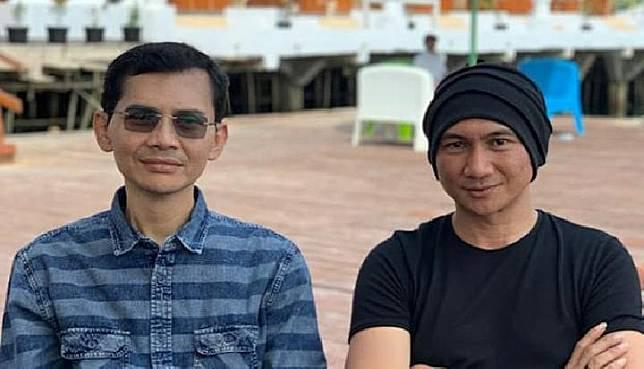 Anji mengunggah foto bersama Hadi Pranoto yang ia sebut menemukan antibodi Covid-19. Foto: IG Anji.