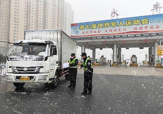 No mahjong, no card games: Hubei province in full lockdown as China battles coronavirus