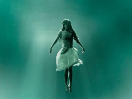 Hantu cewek gantung diri (ilustrasi)