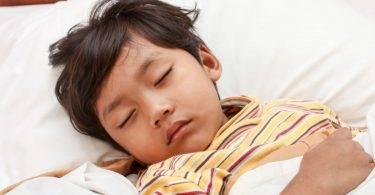 孩子感冒休息一下就好?輕忽可能引發腎病!