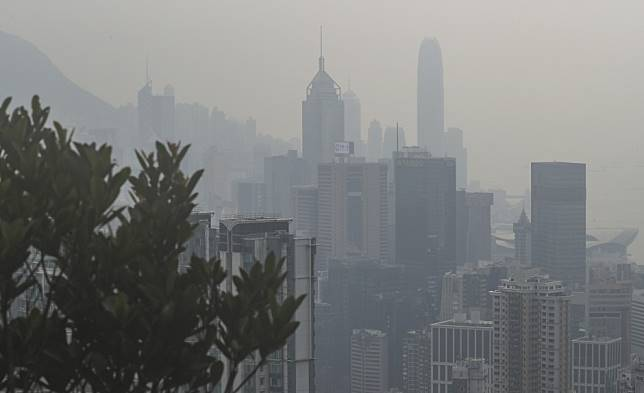 Greenpeace launches Hong Kong pollution campaign as volunteers talk about the impact city's bad air has on their health