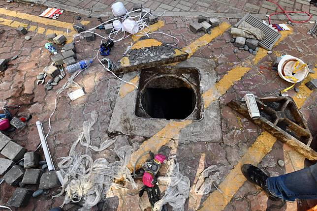 校內多個水渠被打開。