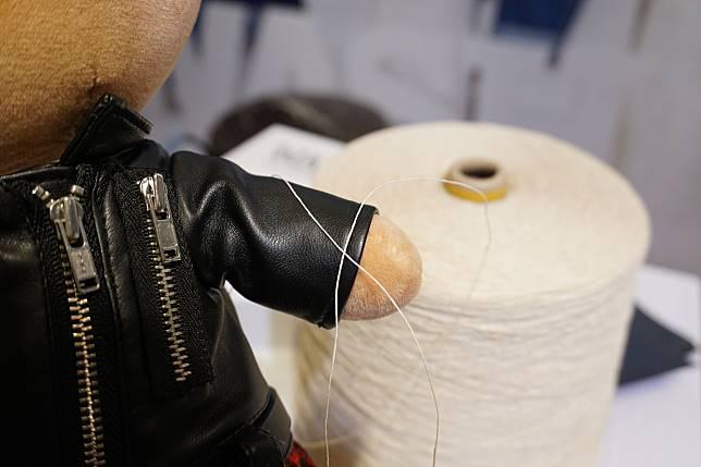 成品望落同綿線不大分別,不過摸上手就較粗嚡。