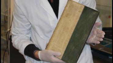 這書有毒,就藏在南丹麥大學圖書館裡