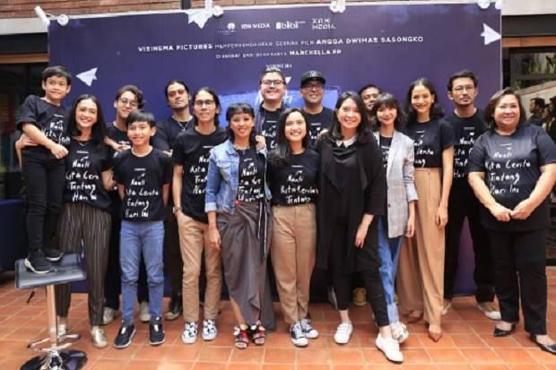 Produser Hollywood, Michael Y. Chow begitu tertarik untuk terlibat dalam film NKCTHI karya Angga Sasongko yang diadopsi dari novel best-seller karya Marchella FP. Foto/Istimewa.
