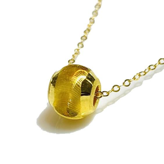 品名:黃金貓眼珠 + 925純銀鍍金項鍊材質:純黃金金重:約0.09-0.15錢 ± 0.01錢尺寸:約0.8公分 項鍊:約45公分附件:保證卡、提袋、精美盒子⚠️洗澡、睡覺、脫換衣物,長時間工作都建