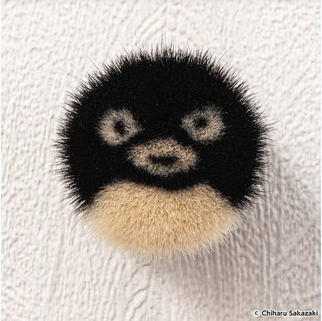 由插畫師Chiharu Sakazaki繪製嘅企鵝嘜頭,萌趣得很。(互聯網)