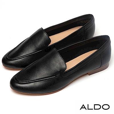 高級真皮鞋面&鞋墊大推!1.4CM木紋跟舒適好穿!特色:真皮/樂福鞋/黑色