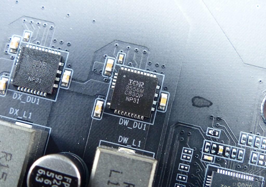 ▲ X570 AORUS Master 處理器供電轉換單相採用 1 顆 IR3556。