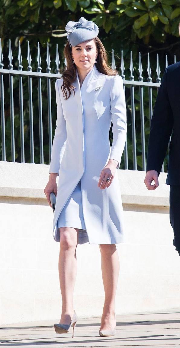 Kate Middleton Tampak Memukau Saat Misa Minggu Paskah