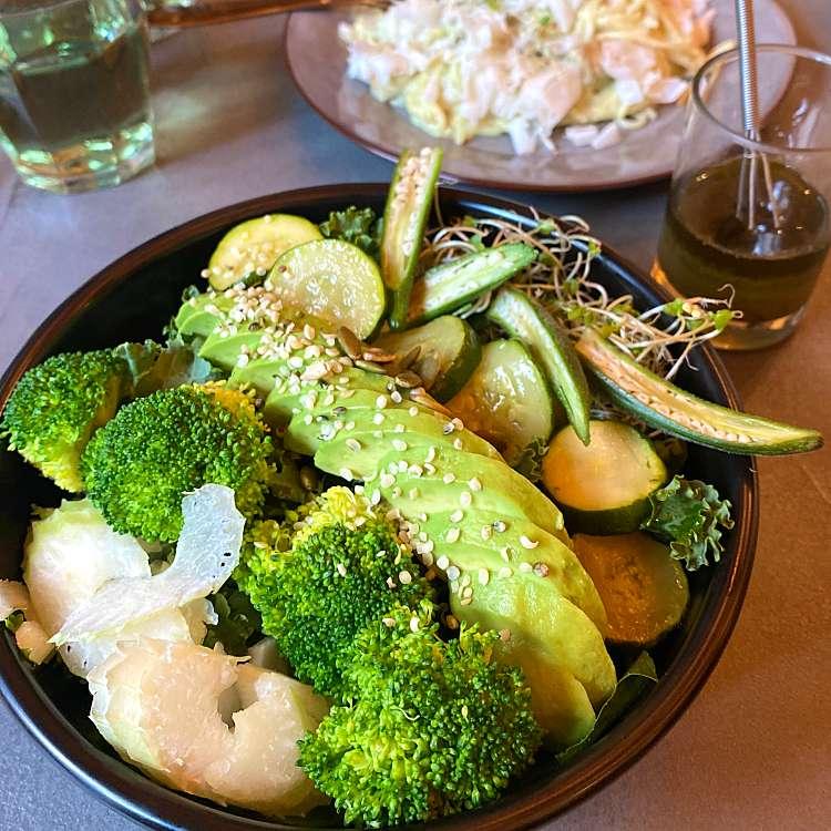 LINE CONOMIのユーザーあろえちゃんさんが作成した「サラダを食べて身体をリセット🥗🍴」に関する写真