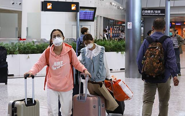 China coronavirus: Hong Kong reports 66 more suspected cases overnight as health officials broaden list of symptoms in patients