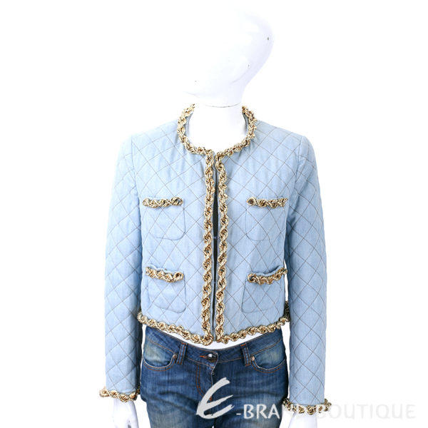 ◆金屬點綴完美詮釋n◆菱格絎縫超凡質感n◆簡潔線條高雅魅力