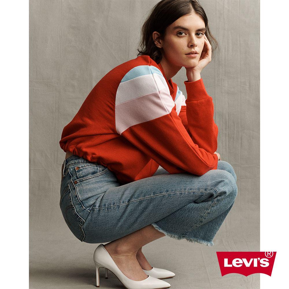 貨號:77876-0001levis 女款 ribcage 復古超高腰排釦喇叭褲 / 褲管毛鬚 / 及踝款 / 彈性布料