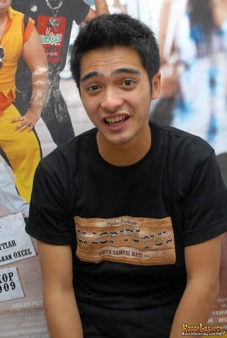 10 Foto Perubahan Gaya Rambut Ricky Harun Mana Yang Paling Keren