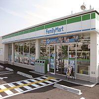 ファミリーマート小浦忠岡東一丁目店