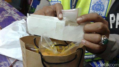 Salut! Pengemudi Ojek Online Gagalkan Pengiriman Narkoba di Cilandak