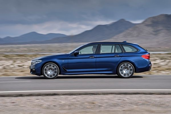 P90245017_lowRes_the-new-bmw-5-series.jpg