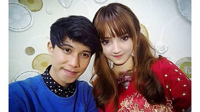 Kerap Pose Mesra dan Diunggah di Media Sosial, Billa Barbie dan Ahmad Syaiful Pacaran?