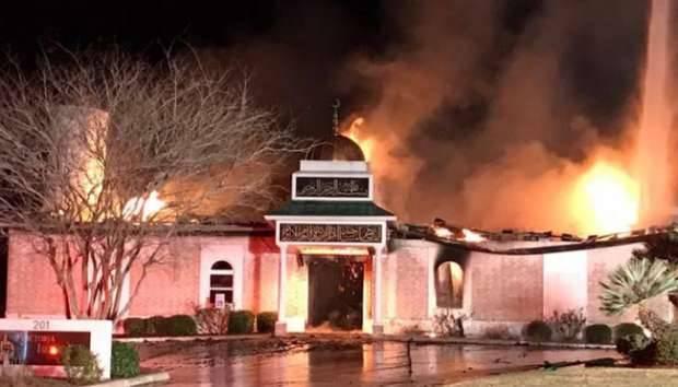 News :   Ribuan Warga AS Berdonasi untuk Masjid Texas yang Terbakar