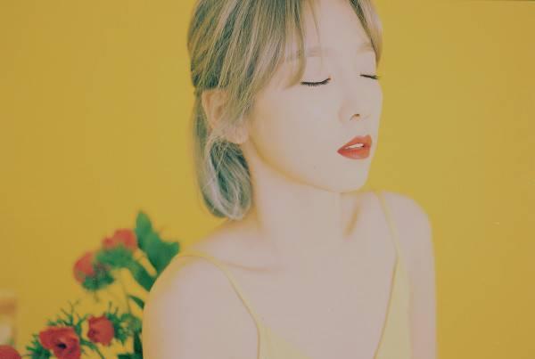 "Entertainment :  Taeyeon ""SNSD"" Akan Rilis Full Album Solo Pertamanya"