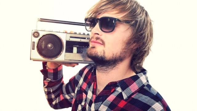 5 Alasan Kenapa Ane Masih Suka Dengerin Radio di Jaman Sekarang