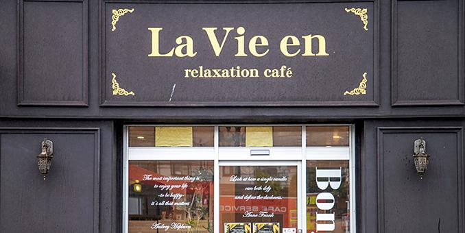 relaxation cafe La Vie en